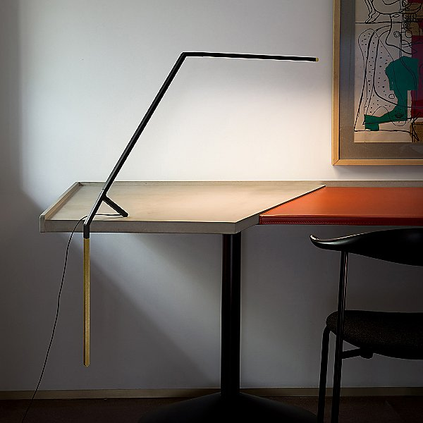 modern and slim clip on led table or desk lamp.