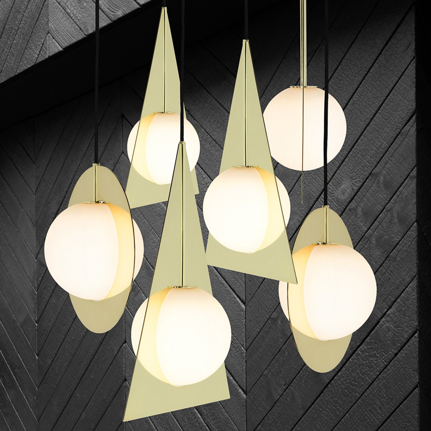 7 Modern Gold Pendants to Light up Your Life