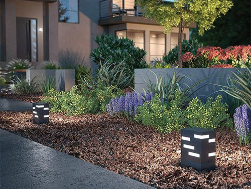 ideas-for-lighting-a-modern-front-yard