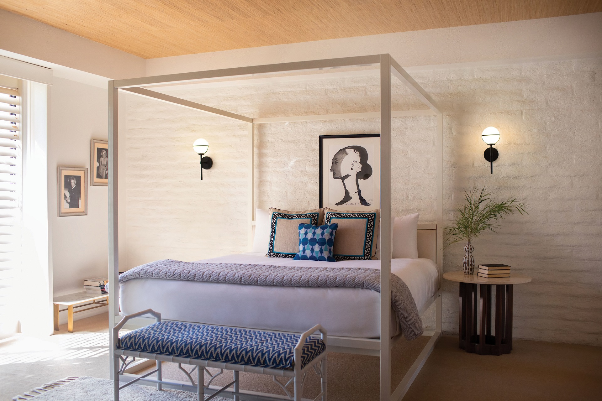 10 Wall Lighting Ideas for the Modern Bedroom  YLighting Ideas
