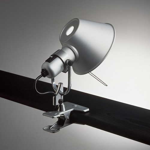 clip on spotlight type desk lamp.