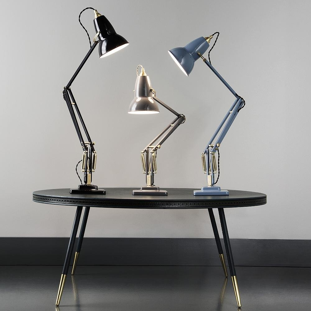 Editor's Picks: Modern Desk Lamps